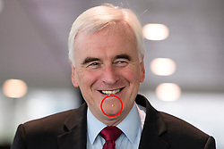 © Licensed to London News Pictures. 28/09/2016. Liverpool, UK. Shadow chancellor JOHN MCDONNELL with an unusual mark on his chin at day four of the Labour Party Annual Conference, held at the ACC in Liverpool, Merseyside, UK. Photo credit: Ben Cawthra/LNP