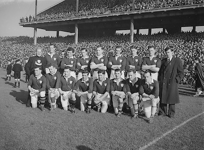 1953.155/2185-2186.17031953IPHCF.17.03.1953.17. March 1953.17. Mar 1953.Interprovincial Railway Cup Football Championship - Munster..FOOTBALL- Wrong folder..................