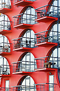 China Wharf, designed by architect Piers Gough known for his exiting flamboyant designs Received in 1986 an urban design award from the Royal institute if British architects and in 1989 a Civic Trust Award.<br /> <br /> Architect: Piers Gough