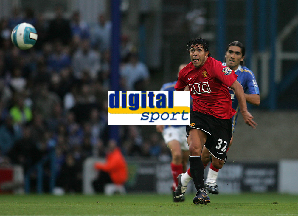 Photo: Lee Earle.<br /> Portsmouth v Manchester United. The FA Barclays Premiership. 15/08/2007.Carlos Tevez plays his first game for United.