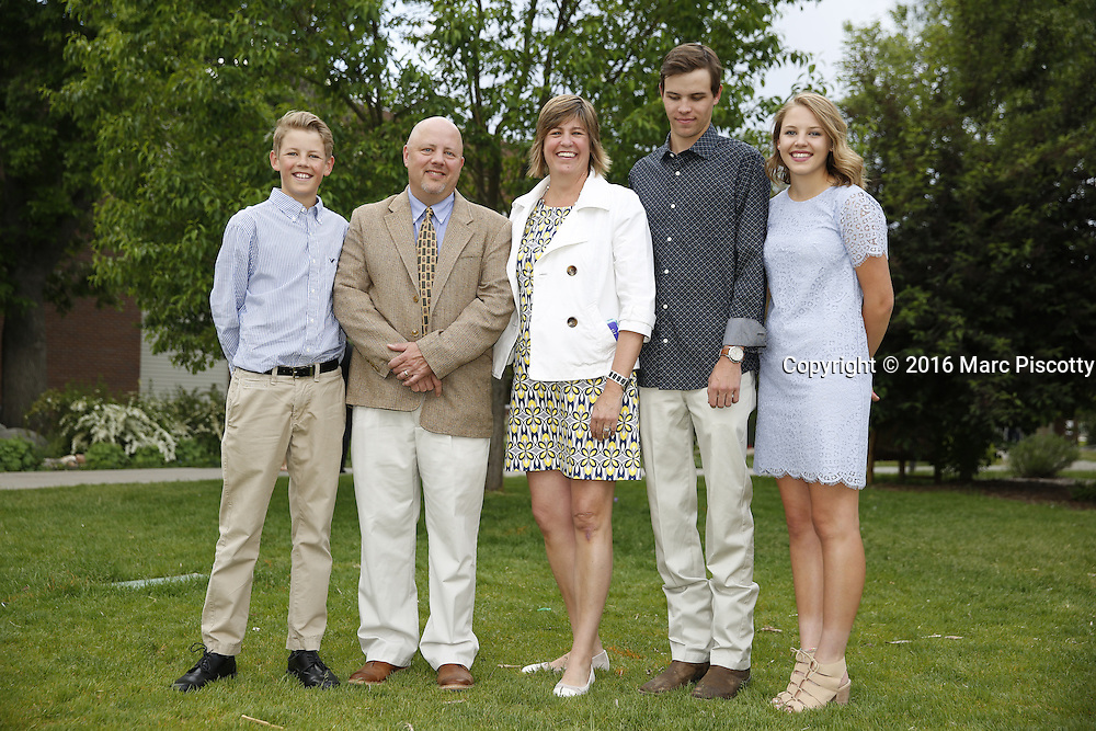 SHOT 6/1/16 6:38:17 PM - Colorado Academy Senior Class portrait in front of the Wellborn House and Class of 2016 Commencement Dinner at the Denver, Co. private school. (Photo by Marc Piscotty / © 2016)