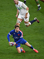 Rugby Union - 2020 Autumn Nations Cup - Final - England vs France - Twickenham<br /> <br /> France's Matthieu Jalibert passes to Brice Dulin for their try.<br /> <br /> COLORSPORT/ASHLEY WESTERN