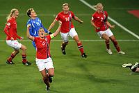 Fotball<br /> 19.09.2012<br /> EM-kvalifisering kvinner<br /> UEFA Women's EURO 2013 qualifying match<br /> Norge v Island<br /> Norway v Iceland<br /> Foto: Morten Olsen, Digitalsport<br /> <br /> Maren Mjelde (6) jubler for 1:0 til Norge<br /> I bakgrunnen L-R Norge: Marit Fiane Christensen (3) - Ingvild Isaksen (14) - Marita Skammelsrud Lund (2)<br /> Karin Omarsdottir (11) - Island