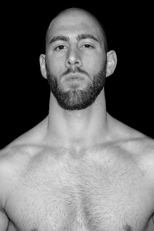 MMA: Studio, Portrait of a Boxer, Bremen, 06.12.2019<br /> Ghassan Abdenabi<br /> © Torsten Helmke