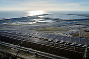 Nederland, Zuid-Holland, Rotterdam, 18-02-2015; Tweede Maasvlakte (MV2) met Emplacement Maasvlakte West (Rail Terminal West). In beheer bij Keyrail, exploitant Betuweroute. Slufter in de achtergrond.<br /> Emplacement Maasvlakte West (West Rail Terminal) managed by Keyrail, operator Betuweroute. <br /> luchtfoto (toeslag op standard tarieven);<br /> aerial photo (additional fee required);<br /> copyright foto/photo Siebe Swart