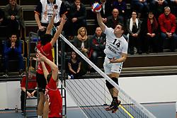 19-01-2013 VOLLEYBAL: EREDIVISIE PRINS VCV - TILBURG STV : VEENENDAAL<br /> Maarten Leune, Tilburg STV<br /> ©2012-FotoHoogendoorn.nl / Pim Waslander