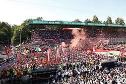 September 3, 2017 - Monza, Italy - Motorsports: FIA Formula One World Championship 2017, Grand Prix of Italy, ..#44 Lewis Hamilton (GBR, Mercedes AMG Petronas F1 Team), #5 Sebastian Vettel (GER, Scuderia Ferrari) (Credit Image: © Hoch Zwei via ZUMA Wire)