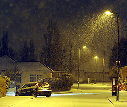 © Licensed to London News Pictures. 04/02/2012. Overnight snow in the South East. As predicted by weather forecasters snow has started to fall in the South East tonight (4.02.2012) in Orpington. Photo credit : Grant Falvey/LNP