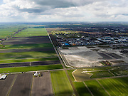 Nederland, Noord-Holland, Gemeente Purmerend, 16-04-2012; zicht op polder De Purmer, in het midden diagonaal de Middentocht. Rechts bedrijventerrein De Baanstee, opgespoten zand voor geplande uitbreiding. .View on polder the Purmer and the city of Purmerend. Regular land division. luchtfoto (toeslag), aerial photo (additional fee required);.copyright foto/photo Siebe Swart.luchtfoto (toeslag), aerial photo (additional fee required);.copyright foto/photo Siebe Swart
