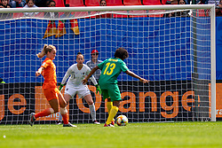 15-06-2019 FRA: Netherlands - Cameroon, Valenciennes<br /> FIFA Women's World Cup France group E match between Netherlands and Cameroon at Stade du Hainaut / Sari van Veenendaal #1 of the Netherlands