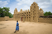 Most Dogon Country mosques are in Sudanese style and built with mud.The Dogon Country is the most visited part of Mali with tourists visiting its tipical  villages that can be located on the cliff, on the sandy plain or in the rocky plateau