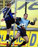 BRUGGE BRUGES 08/02/2004<br /> SPORT - VOETBAL - FOOTBALL /<br /> CLUB BRUGGE - ANTWERP /<br /> FC BRUGES - ANVERS /<br /> RUNE LANGE - YVES FEYS /<br /> PICTURE BY JIMMY BOLCINA /<br /> COPYRIGHT PHOTO NEWS /