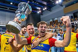 Dynamo, Nico Manenschijn of Dynamo, Jeffrey Klok of Dynamo celebrate after 3-1 win in the last final league match between Draisma Dynamo vs. Amysoft Lycurgus on April 25, 2021 in Apeldoorn.