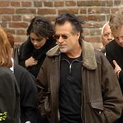 NLD/Utrecht/20060414 - Uitvaart Wout van Doleweerd, George Baker