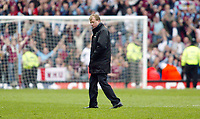 Photo: Chris Ratcliffe.<br /> Middlesbrough v West Ham United. The FA Cup, Semi-Final. 23/04/2006.<br /> Steve McClaren cuts a lonely figure at the end as Boro crash out