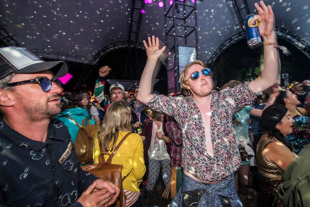 Dancing in the Glade - The 2016 Glastonbury Festival, Worthy Farm, Glastonbury.