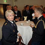 NLD/Huizen/20060323 - Afscheid burgemeester Jos Verdier als burgemester van Huizen, politie regionaal korpschef Gooi en Vechtstreek Magda Berndsen