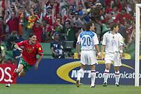 Lisbon 16/6/2004 Euro2004 <br />RUSSIA PORTUGAL 0-2<br />Maniche celebrates goal of 1-0 for Portugal.<br />Photo Graffiti