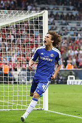 19.05.2012, Allianz Arena, Muenchen, GER, UEFA CL, Finale, FC Bayern Muenchen (GER) vs FC Chelsea (ENG), im Bild Chelsea's Brazilian defender David Luiz celebrates scoring a penalty during the Final Match of the UEFA Championsleague between FC Bayern Munich (GER) vs Chelsea FC (ENG) at the Allianz Arena, Munich, Germany on 2012/05/19. EXPA Pictures © 2012, PhotoCredit: EXPA/ Mitchel Gunn