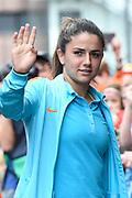 Aankomst  bij de openingswedstrijd van WEURO2017, het EK voetbal vrouwen gehouden in de Stadion Galgenwaard Utrecht<br /> <br /> Op de foto:  Daniëlle van de Donk