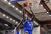 DESCRIZIONE : Beko Legabasket Serie A 2015- 2016 Dinamo Banco di Sardegna Sassari - Enel Brindisi<br /> GIOCATORE : Durand Scott<br /> CATEGORIA : Tiro Penetrazione Sottomano<br /> SQUADRA : Enel Brindisi<br /> EVENTO : Beko Legabasket Serie A 2015-2016<br /> GARA : Dinamo Banco di Sardegna Sassari - Enel Brindisi<br /> DATA : 18/10/2015<br /> SPORT : Pallacanestro <br /> AUTORE : Agenzia Ciamillo-Castoria/C.Atzori