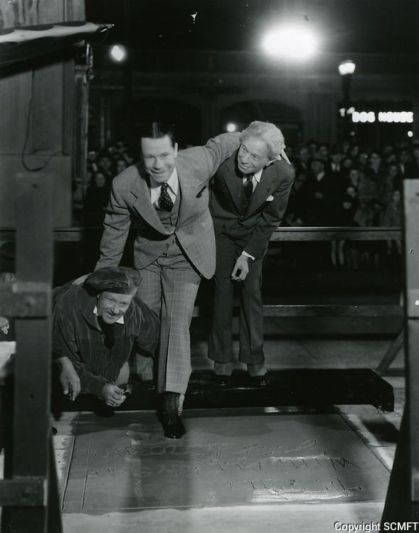 1936 Joe E Brown's hand/footprint ceremony at the Chinese Theater