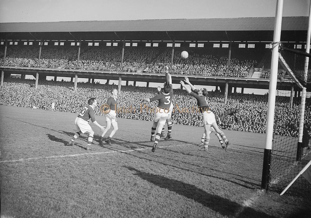 1953.155/2185-2186.17031953IPHCF.17.03.1953.17. March 1953.17. Mar 1953.Interprovincial Railway Cup Football Championship - .Munster v Leinster....FOOTBALL- Wrong Folder.....................................................................................................................................................................................................................................................................................................................................................................................................................................................................................................................................................................................................................................................................................................................................................................................................................................................................................................................................................................................................................................