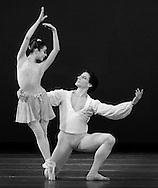 "Boston Ballet rehearsal of ""All Balanchine"" 2003.Simon Ball and Pollyana Ribeiro Dance during Boston Ballet's ""All Balanchine"" 2003.© Michael J Seamans.www.michaelseamans.com"