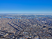 Nederland, Noord-Holland, Amsterdam, 13-02-2021; winter in Amsterdam, overzichten grachtengordel richting IJ.<br /> Winter in Amsterdam, overviews canal belt towards the IJ.<br /> luchtfoto (toeslag op standaard tarieven);<br /> aerial photo (additional fee required)<br /> copyright © 2021 foto/photo Siebe Swart