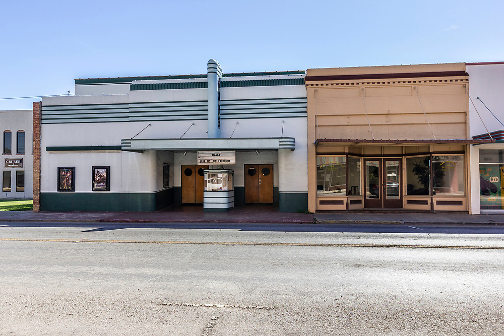 Newly renovated Raye Theatre, Hondo, Texas, USA.<br /> <br /> The original inhabitants of the area were the Coahuiltecan people in 1881 Non-indigenous settlers to the area came from Alsace-Lorraine, Germany, Belgium and Mexico. <br /> In the early 1920s, Hondo was the scene of two bank robberies carried out by the Newton Gang, the most successful outlaws in U.S. history. Both bank heists occurred the same night.