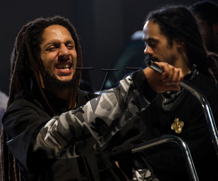 """""""Violence In The Streets""""<br /> Julian Marley & Damian Marley"""