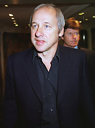 Musician MARK KNOPFLER at a luncheon in London on 25th June 1999.MTT 39