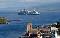 Cunard liner MS Queen Victoria visiting Oban on the west coast of Scotland bringing 2081 passengers and 935 crew to the town to enjoy everything Oban has to offer........ (c) Stephen Lawson | Edinburgh Elite media