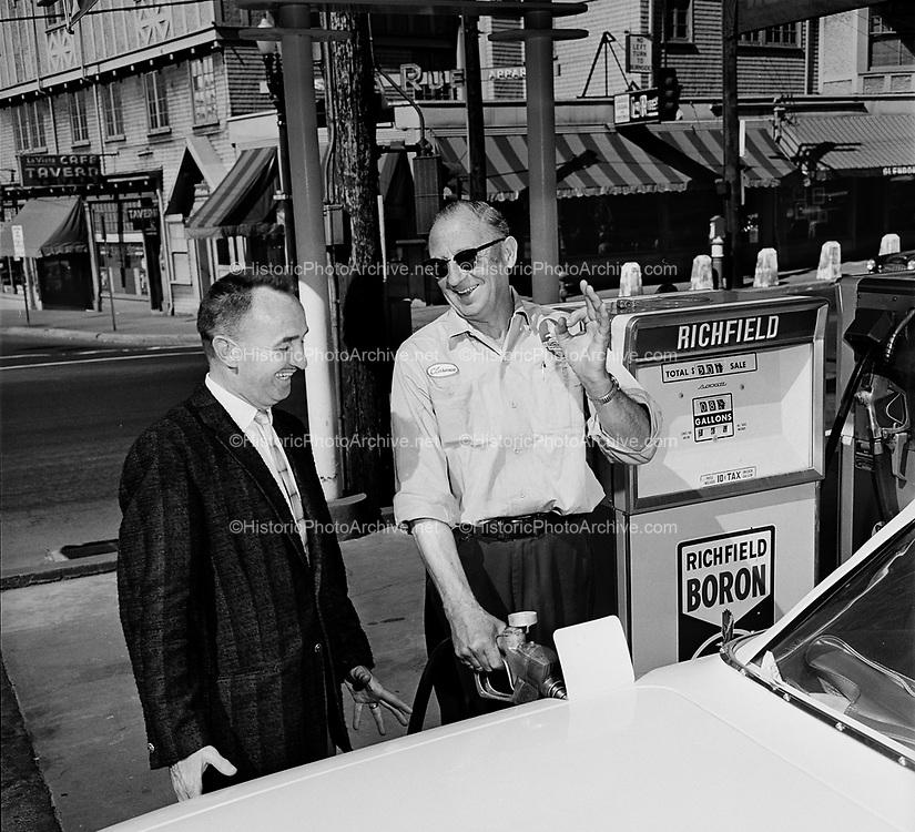 Y-610620B-10.  Richfield Oil. KPOJ. Drive In and Win. Richfield station on West Burnside & NW 23rd Avenue (looking NE) June 20, 1961. LaVista Tavern 6 NW 23rd ave. June 20, 1961.