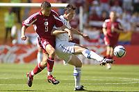 Fotball, Alveira Portugal, EM, Euro 2004, 150604, Tsjekkia - Latvia ,<br /> Tomas Galasek, Tsjekkia i duell med Maris Verpakovskis, Latvia<br /> Photo: Digitalsport