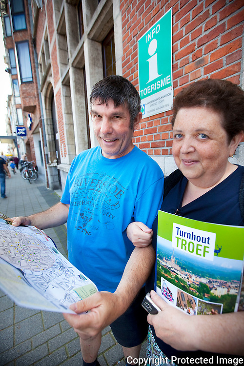 360828-Toerisme rond de grote markt van Turnhout-Marc De Buyser en Liliane Berrewaerts