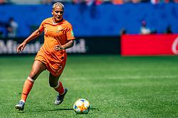 15-06-2019 FRA: Netherlands - Cameroon, Valenciennes<br /> FIFA Women's World Cup France group E match between Netherlands and Cameroon at Stade du Hainaut / Shanice van de Sanden #7 of the Netherlands