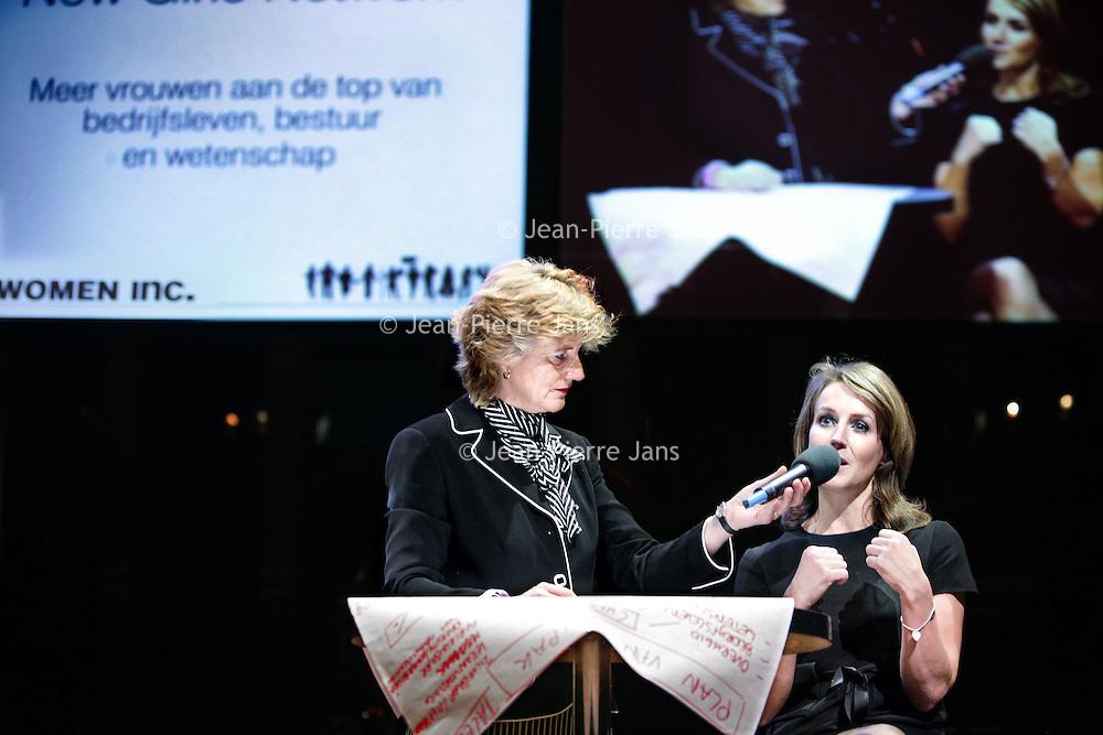 Nederland,Amsterdam ,1 december 2007..Heleen Mees, publicist, econoom en jurist tijdens een interview op het Woman Inc. festival ,een platform voor vrouwen die voor verandering staan - WOMEN Inc. creeert ontmoeting tussen vrouwen in verschillende leeftijden..Foto:Jean-Pierre Jans