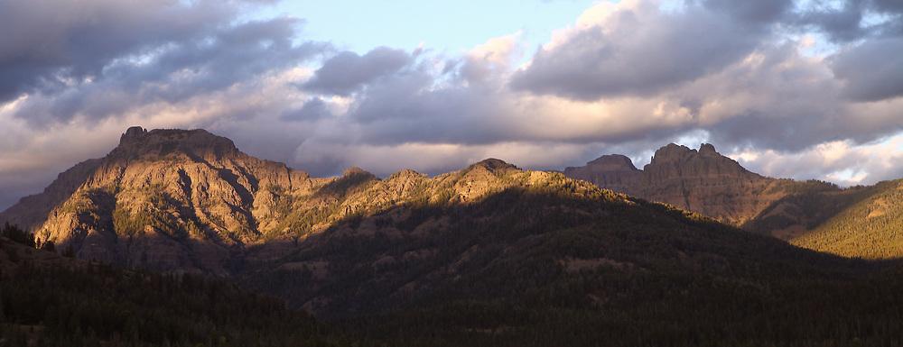 Mountain Vistas in the Spotlight