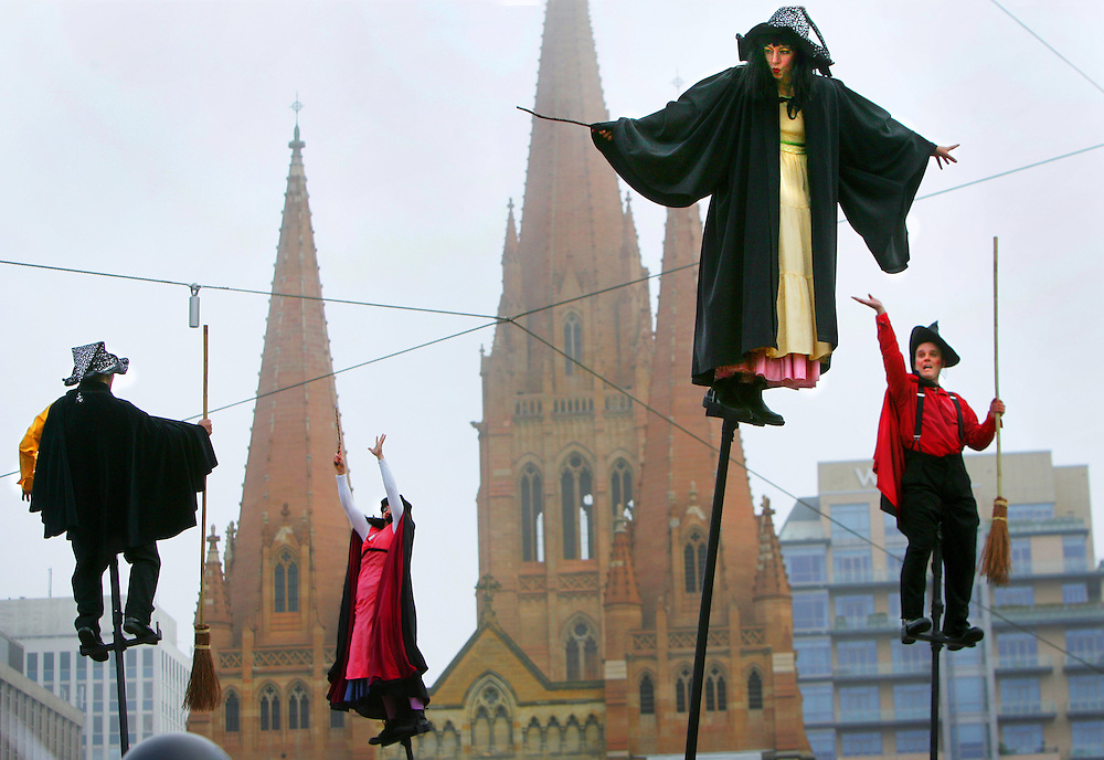 Launch of the last Harry Potter book at Melbournes Federation Square featuring an aerial performance by Strange Fuit  .Pic By Craig Sillitoe SPECIALX 000 melbourne photographers, commercial photographers, industrial photographers, corporate photographer, architectural photographers, This photograph can be used for non commercial uses with attribution. Credit: Craig Sillitoe Photography / http://www.csillitoe.com<br /> <br /> It is protected under the Creative Commons Attribution-NonCommercial-ShareAlike 4.0 International License. To view a copy of this license, visit http://creativecommons.org/licenses/by-nc-sa/4.0/. This photograph can be used for non commercial uses with attribution. Credit: Craig Sillitoe Photography / http://www.csillitoe.com<br /> <br /> It is protected under the Creative Commons Attribution-NonCommercial-ShareAlike 4.0 International License. To view a copy of this license, visit http://creativecommons.org/licenses/by-nc-sa/4.0/. This photograph can be used for non commercial uses with attribution. Credit: Craig Sillitoe Photography / http://www.csillitoe.com<br /> <br /> It is protected under the Creative Commons Attribution-NonCommercial-ShareAlike 4.0 International License. To view a copy of this license, visit http://creativecommons.org/licenses/by-nc-sa/4.0/.