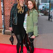 NLD/Amsterdam/20130408 - Uitreiking Mama of the Year award 2013, Kim Pieters en zwangere Renee Vervoorn