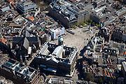 Nederland,Noord-Holland, Amsterdam, 12-05-2009; Centrum van de stad met Dam, Koninklijk Paleis, Nieuwe Kerk en Nationaal Monument.Swart collectie, luchtfoto (toeslag); Swart Collection, aerial photo (additional fee required).foto Siebe Swart / photo Siebe Swart
