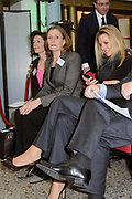 Maxima start WE keep on growing. <br /> <br /> Prinses Maxima geeft in Den Haag in het ministerie van Economische Zaken, Landbouw en Innovatie, het startschot voor het programma WE keep on growing. Het programma beoogt een impuls te geven aan meer succes en groei bij vrouwelijke ondernemers door middel van mentoring. <br /> <br /> Maxima starts WE keep on growing.<br /> <br /> Princess Maxima gives in The Hague in the Ministry of Economic Affairs, Agriculture and Innovation, will kick off the program WE keep on growing. The program aims at encouraging more success and growth in female entrepreneurs through mentoring.<br /> <br /> Op de foto / On the Photo:  Prinses Maxima met haar BlackBerry telefoon / Princess Maxima with her BlackBerry phone