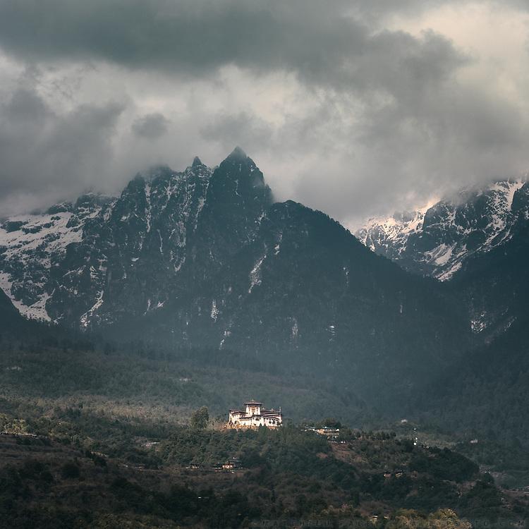 The Gasa buddhist monastery or Gasa Dzong.