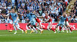 23 April 2017 FA Cup semi-final : Arsenal v Manchester City :<br /> Yaya Toure shouts as his team, City, defend a free kick.<br /> Photo: Mark Leech