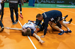 12-05-2019 NED: Abiant Lycurgus - Achterhoek Orion, Groningen<br /> Final Round 5 of 5 Eredivisie volleyball, Orion wins Dutch title after thriller against Lycurgus 3-2 / Last ball of the match Joris Marcelis #4 of Orion scores 3-2. Twan Wiltenburg #9 of Orion, Rob Jorna #10 of Orion