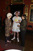Wendy Jones, Grayson Perry and Jenny Uglow, Grayson Perry by Wendy Jones launch party. Leighton House. Holland Park. London. 17 January 2006. January 2006.  ONE TIME USE ONLY - DO NOT ARCHIVE  © Copyright Photograph by Dafydd Jones 66 Stockwell Park Rd. London SW9 0DA Tel 020 7733 0108 www.dafjones.com