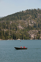 Pinecrest Lake, Watersports, Pinecrest, California, USA.  Photo copyright Lee Foster.  Photo # california121469