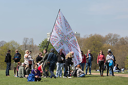 © Licensed to London News Pictures.  24/04/2021. London, UK. Anti-vaccination and anti-lockdown protesters take part in an organised demonstration in Hyde Park, central London. Photo credit: Marcin Nowak/LNP