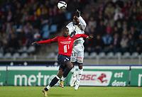 Fotball<br /> Frankrike 2004/05<br /> Lille v Bastia<br /> 16. oktober 2004<br /> Foto: Digitalsport<br /> NORWAY ONLY<br /> PASCAL CHIMBONDA (BAS) / MATT MOUSSILOU (LIL)